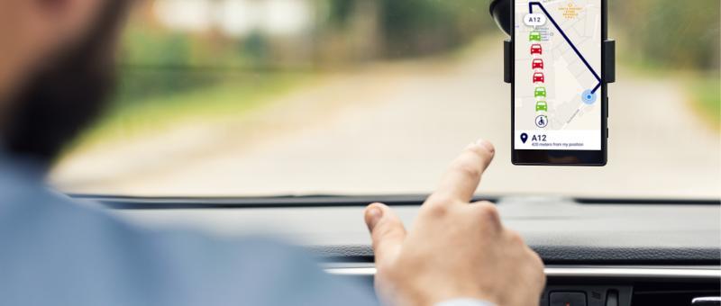 Smart parking leidt chauffeurs naar vrije parkeerplaatsen.